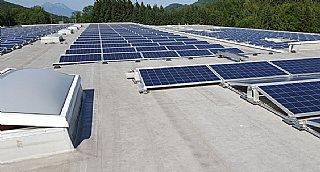 Photovoltaik-Anlage G.S. Altotec GmbH © umwelt service salzburg