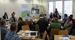 """Zahlreiche Interessierte informierten sich bei einem kostenlosen Frühstück über """"Betriebliche Photovoltaik-Anlagen"""" © RVSS_Pausch"""