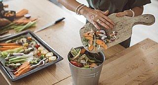 Achtsamer Umgang mit Lebensmittel bedeutet Ressourcen schonen und dabei Geld sparen © iStock