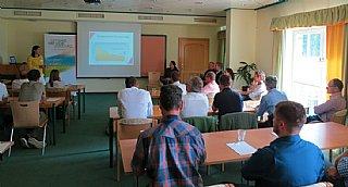 Cornelia DANIEL von Tausendundein Dach bestätigte den Photovoltaikboom im Gewerbe in ihrem spannenden Vortrag © uss