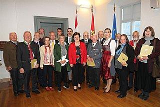 Verleihung des Umwelt-Verdienstzeichens an 19 SalzburgerInnen © Land Salzburg_Franz Neumayr