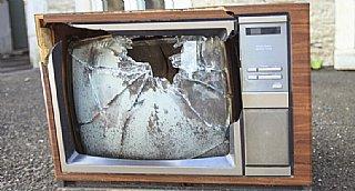 Fernseher kaputt? Suchen Sie im Reparaturführer Salzburg nach kompetenten Reparaturbetrieben! © uss