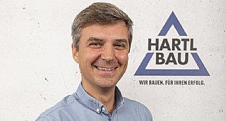 Nicolaus Parragh, Prokurist & Leiter Projektentwicklung bei Hartl Bau,ist überzeugt, langfristiges Denken ist der beste Weg zur Klimaneutralität. © Hartl Bau