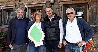 Familie Madreiter, PURADIES in Leogang, freut sich über die Auszeichnung umwelt blatt salzburg 2020  © Photo Neumayr