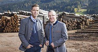 Die Brüder Graggaber freuen sich über die Auszeichnung mit dem umwelt blatt salzburg 2020 © uss_Neumayr