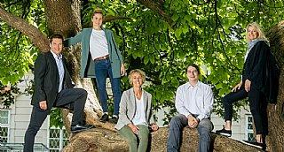 Das Team von umwelt service salzburg freut sich über das erfolgreiche Jahr 2020! © wildbild